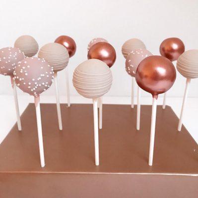 Cake Pops / popsicles
